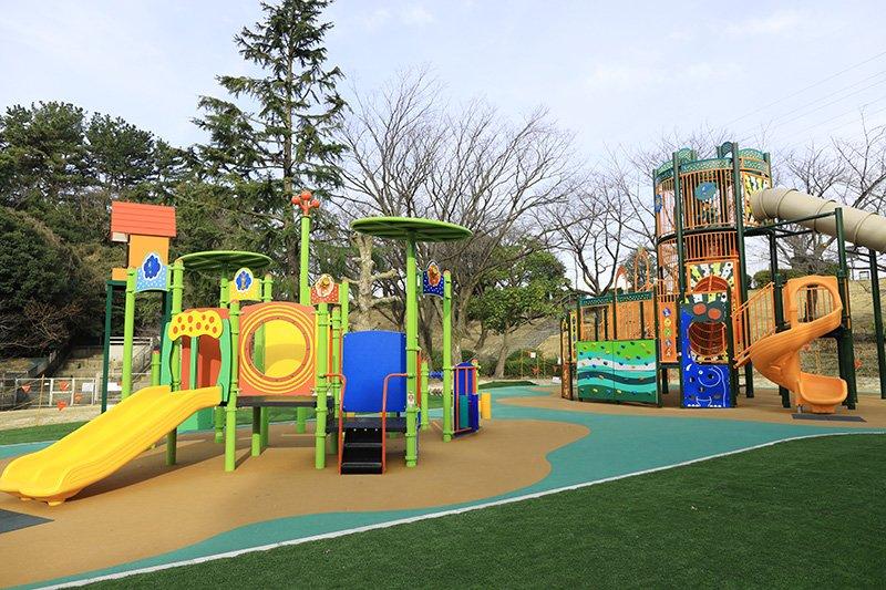 自然と遊具が充実している「大池公園」