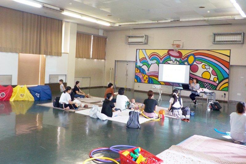 児童館での親子向けプログラム